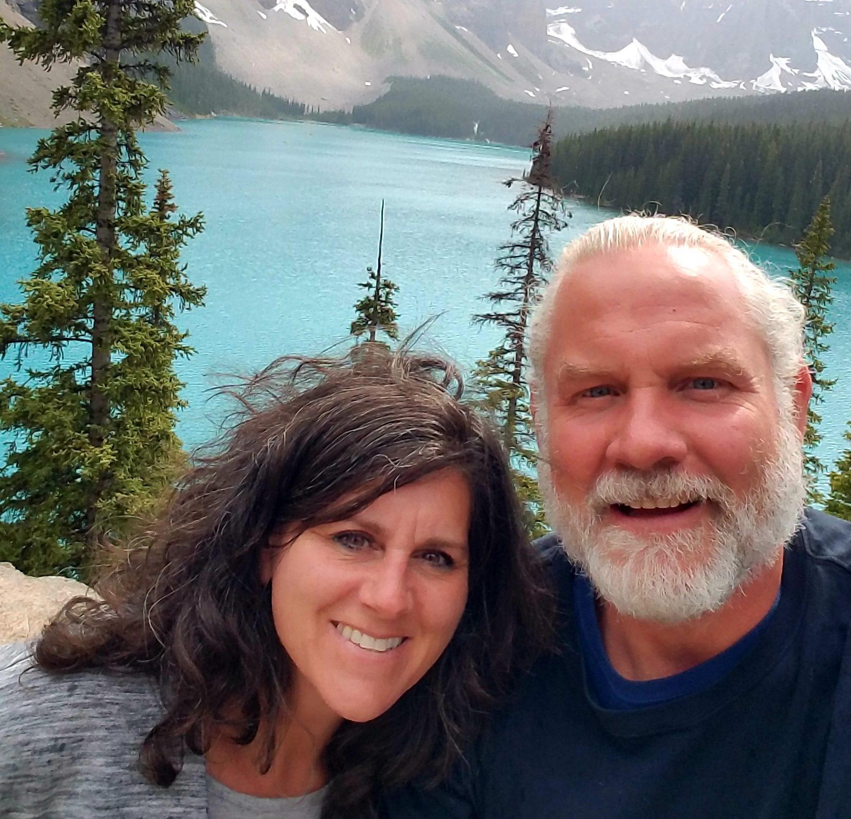 Sean & Gina Selffie @ Morraine Lake Albertac Canada